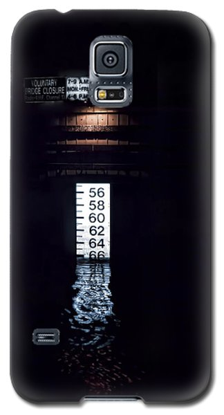 Galaxy S5 Case featuring the photograph Night Piling by Richard Bean