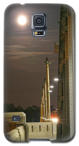 Night Shot Of The Los Angeles 6th Street Bridge And Supermoon #3 Galaxy S5 Case
