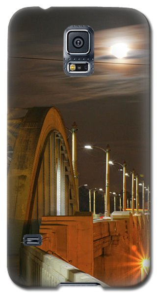 Night Shot Of The Los Angeles 6th Street Bridge And Supermoon #4 Galaxy S5 Case