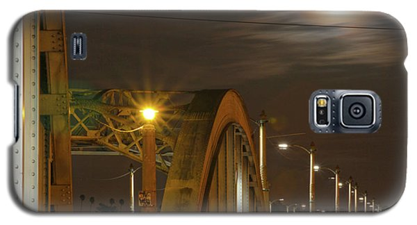 Night Shot Of The Los Angeles 6th Street Bridge And Supermoon #7 Galaxy S5 Case