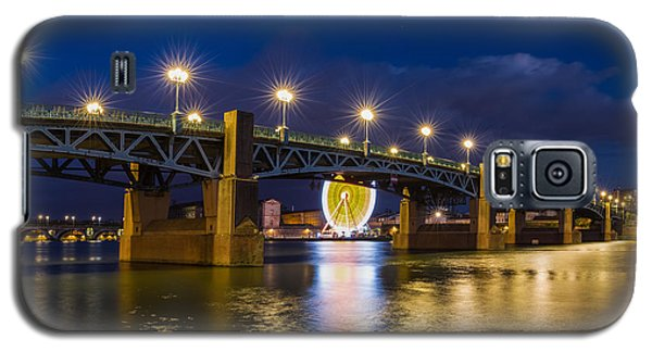 Galaxy S5 Case featuring the photograph Night Shot Of The Pont Saint-pierre by Semmick Photo