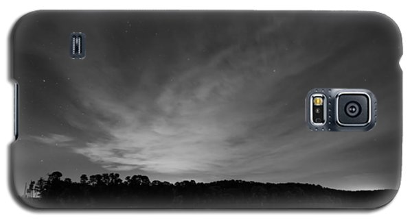 Night Sky Over The Lake In Black And White Galaxy S5 Case