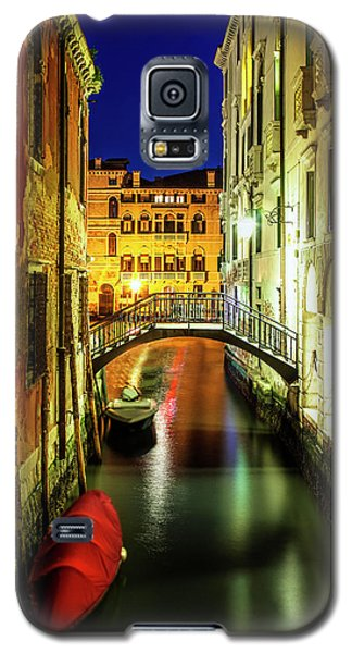 Galaxy S5 Case featuring the photograph Nightfall In Venice by Andrew Soundarajan