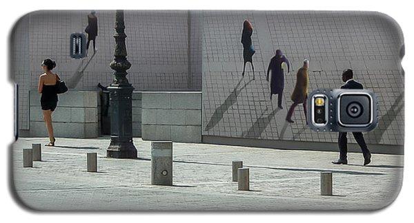 Nine Pedestrians At Place Vendome Galaxy S5 Case