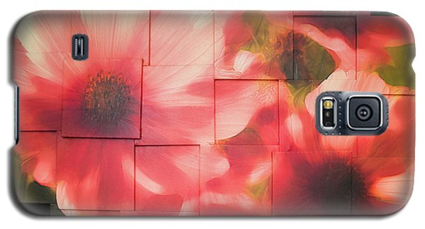 Nocturnal Pinks Photo Sculpture Galaxy S5 Case by Michael Bessler