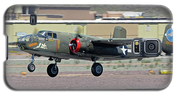 Galaxy S5 Case featuring the photograph North American B-25j Mitchell Nl3476g Tondelayo Deer Valley Arizona April 13 2016 by Brian Lockett