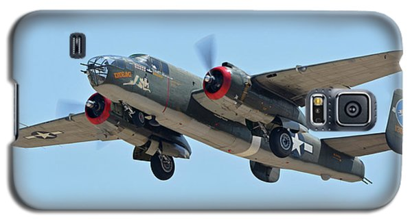 Galaxy S5 Case featuring the photograph North American B-25j Mitchell Nl3476g Tondelayo Phoenix-mesa Gateway Airport Arizona April 15, 2016 by Brian Lockett