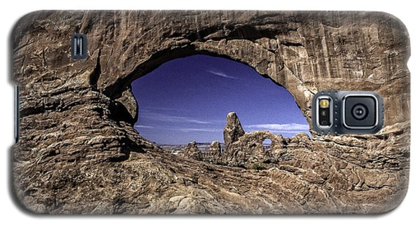 North Window, Arches Galaxy S5 Case