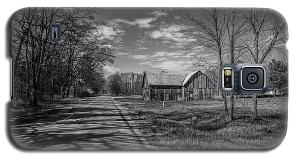Galaxy S5 Case featuring the photograph Northern Michigan Barn And Road by John McGraw