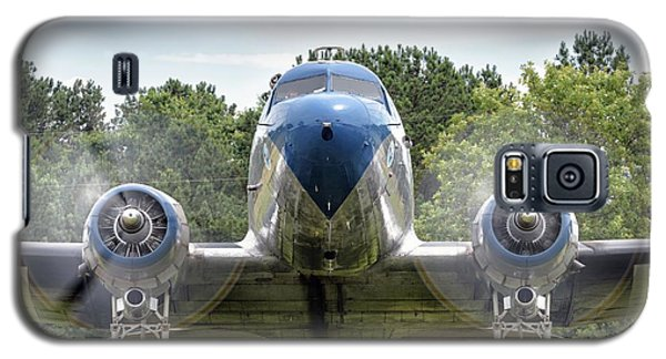 Nose To Nose With A Dc-3 Galaxy S5 Case