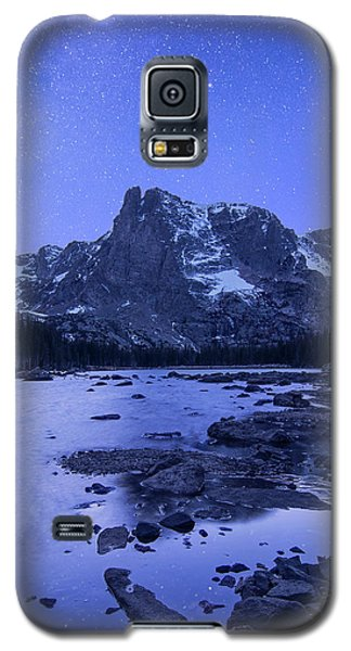 Galaxy S5 Case featuring the photograph Notchtop Night Vertical by Aaron Spong
