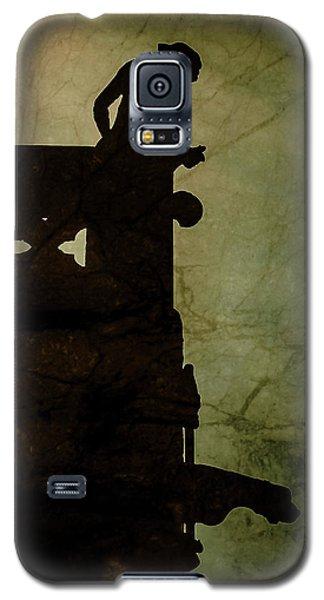 Paris, France - Gargoyle Watch Galaxy S5 Case