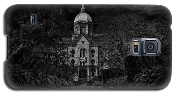 Galaxy S5 Case featuring the photograph Notre Dame University Golden Dome Bw by David Haskett