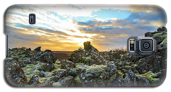 November Light Over Icelandic Lava Field Galaxy S5 Case