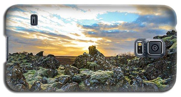 November Light Over Icelandic Lava Field Galaxy S5 Case