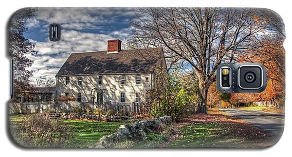 Noyes House In Autumn Galaxy S5 Case
