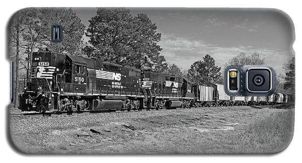 Norfolk Southern P77 In Black And White Galaxy S5 Case