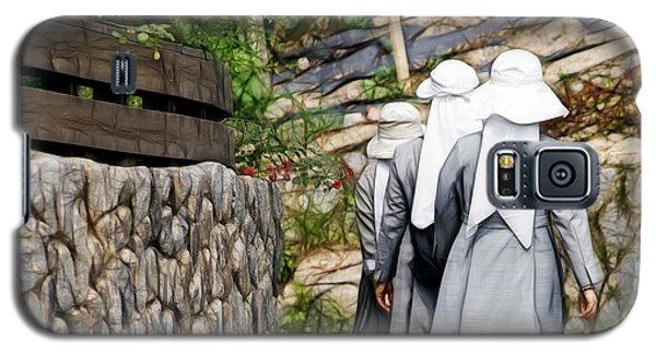 Nuns In A Row Galaxy S5 Case