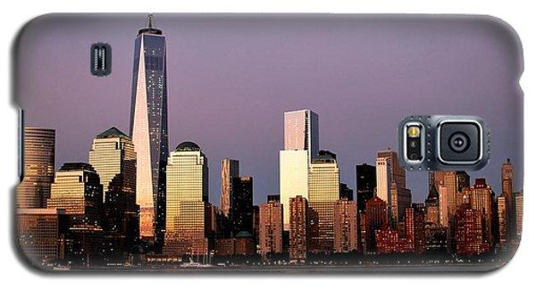 Nyc Skyline At Dusk Galaxy S5 Case by Matt Harang