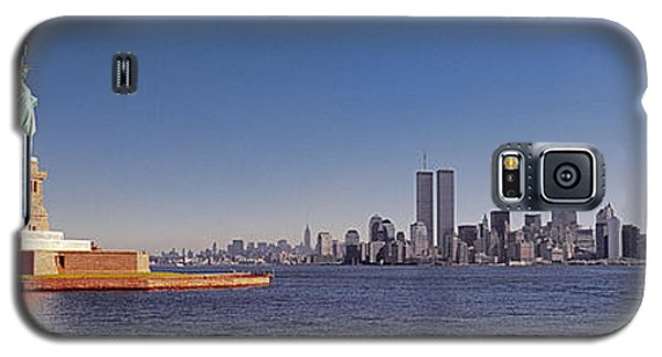 New, York, City, Skyline, Twin, Towers, Statue Of Liberty  Galaxy S5 Case