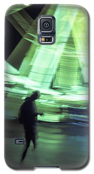Galaxy S5 Case featuring the photograph Oblivion by Alex Lapidus