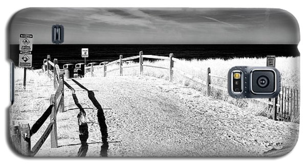 Galaxy S5 Case featuring the photograph Ocean City Beach Entry by John Rizzuto