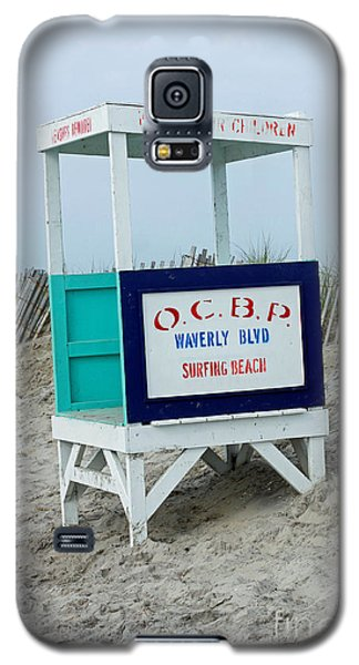 Galaxy S5 Case featuring the photograph Ocean City Beach Scene by Denise Pohl
