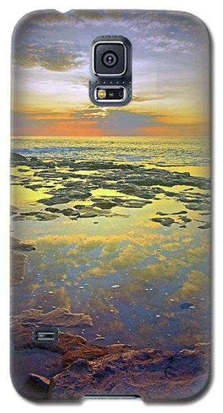 Galaxy S5 Case featuring the photograph Ocean Puddles At Sunset On Molokai by Tara Turner