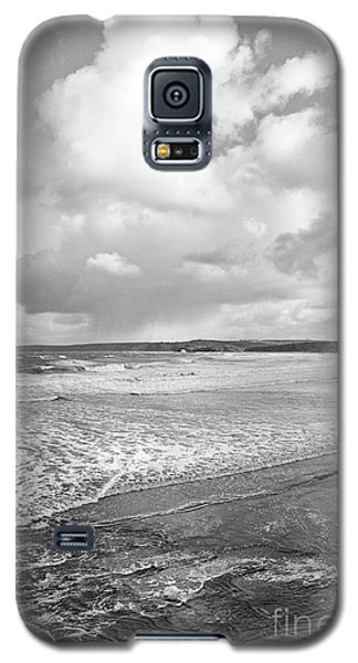 Galaxy S5 Case featuring the photograph Ocean Texture Study by Nicholas Burningham