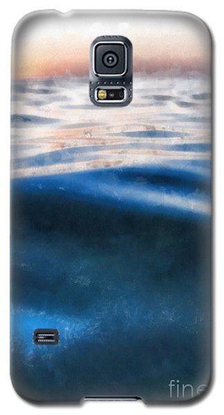 Galaxy S5 Case featuring the painting Ocean Waves by Edward Fielding