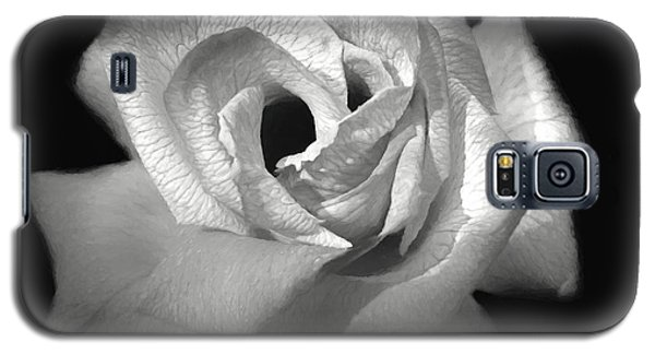 Galaxy S5 Case featuring the photograph October Rose by Donna Kennedy