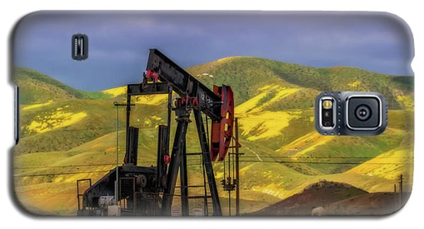 Galaxy S5 Case featuring the photograph Oil Field And Temblor Hills by Marc Crumpler