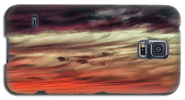 Galaxy S5 Case featuring the photograph Ojo Caliente Sunset by Britt Runyon