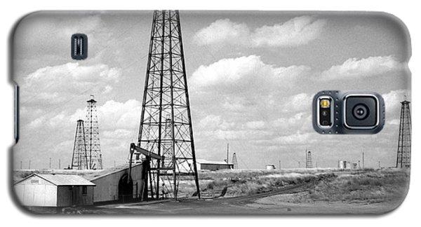 Oklahoma Crude Galaxy S5 Case by Larry Keahey