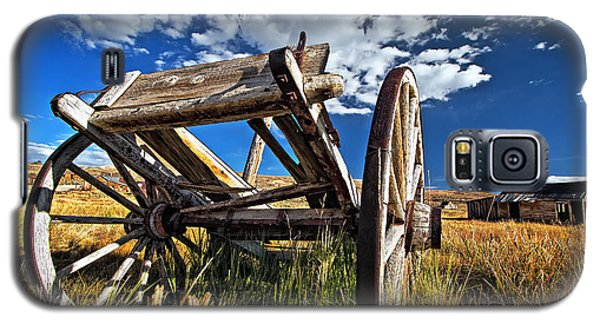 Old Abandoned Wagon, Bodie Ghost Town, California Galaxy S5 Case