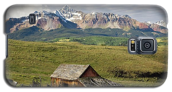 Old Barn And Wilson Peak Horizontal Galaxy S5 Case