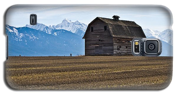 Old Barn, Mission Mountains 2 Galaxy S5 Case