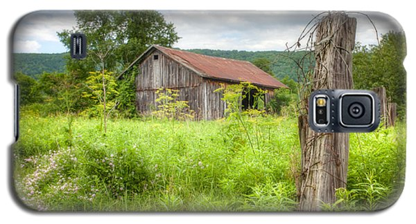 Galaxy S5 Case featuring the photograph Old Barn Near Stryker Rd. Rustic Landscape by Gary Heller