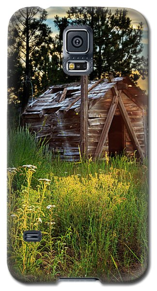 Old Cabin At Sunset Galaxy S5 Case