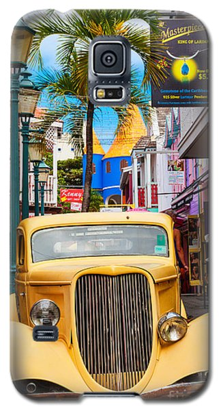Old Car On Old Street Galaxy S5 Case