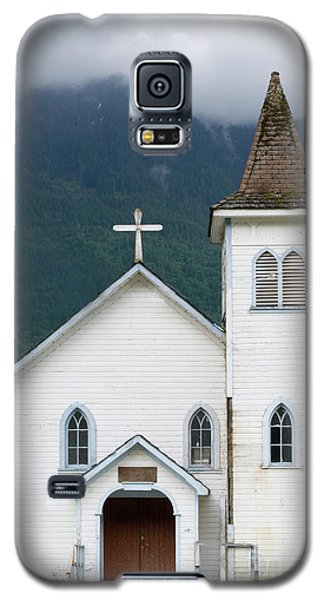 Galaxy S5 Case featuring the photograph Old Church by Rod Wiens