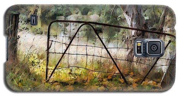 Old Farm Gate Galaxy S5 Case