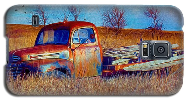 Old Ford F5 Truck Abandoned In Field Galaxy S5 Case