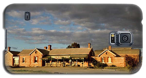 Galaxy S5 Case featuring the photograph Old Ghan Railway Restaurant by Douglas Barnard