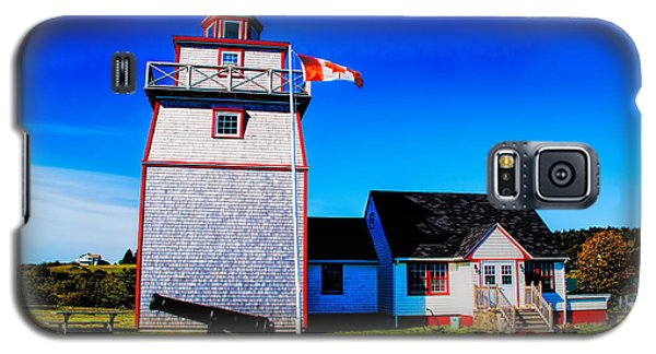 Galaxy S5 Case featuring the photograph Old Lighthouse by Rick Bragan