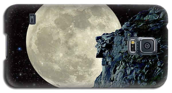 Galaxy S5 Case featuring the photograph Old Man / Man In The Moon by Larry Landolfi