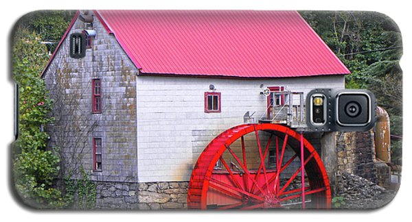 Old Mill Of Guilford Squared Galaxy S5 Case by Sandi OReilly
