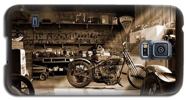 Old Motorcycle Shop Galaxy S5 Case by Mike McGlothlen