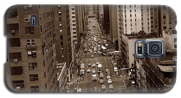 Old New York Photo - 10th Avenue Traffic Galaxy S5 Case
