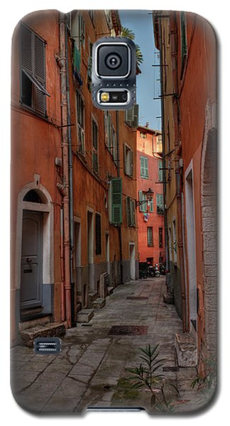 Galaxy S5 Case featuring the photograph Old Nice - Vieille Ville 003 by Lance Vaughn